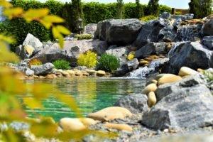 декоративный пруд, пруд с водопадом и альпийской горкой, пруд Мелитополь, ландшафтный дизайн