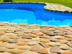 дорожки из гальки, кладка природных камней, кладка гальки, дизайн ландшафта
