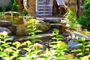 застареный водопад, старинный водопад возле беседки, ступени беседка, ландшафтный дизайн Мелитополь