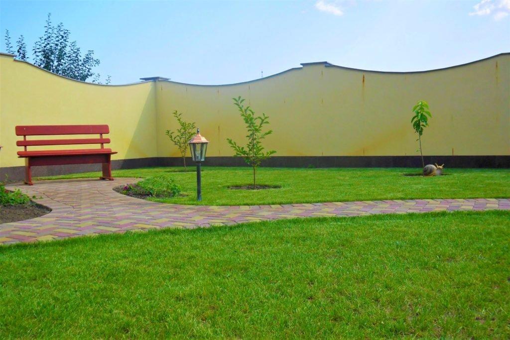 Устройство газона в Киев, создание газона в Киев, постелить газон Киев, посев газона в Киев, газон