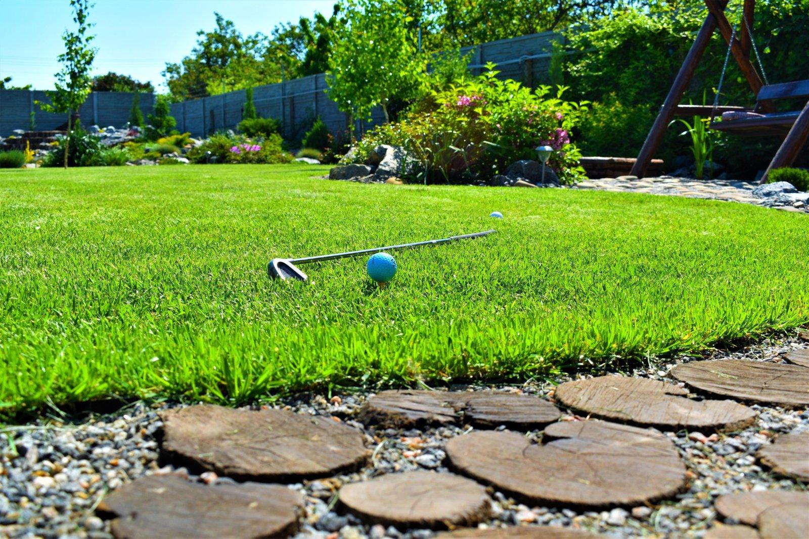 газон для гольфа Киев, газон для игры в гольф в Киеве, создание гольф поля в Киеве